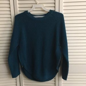 Allie &Rob sweater blouse  size PL